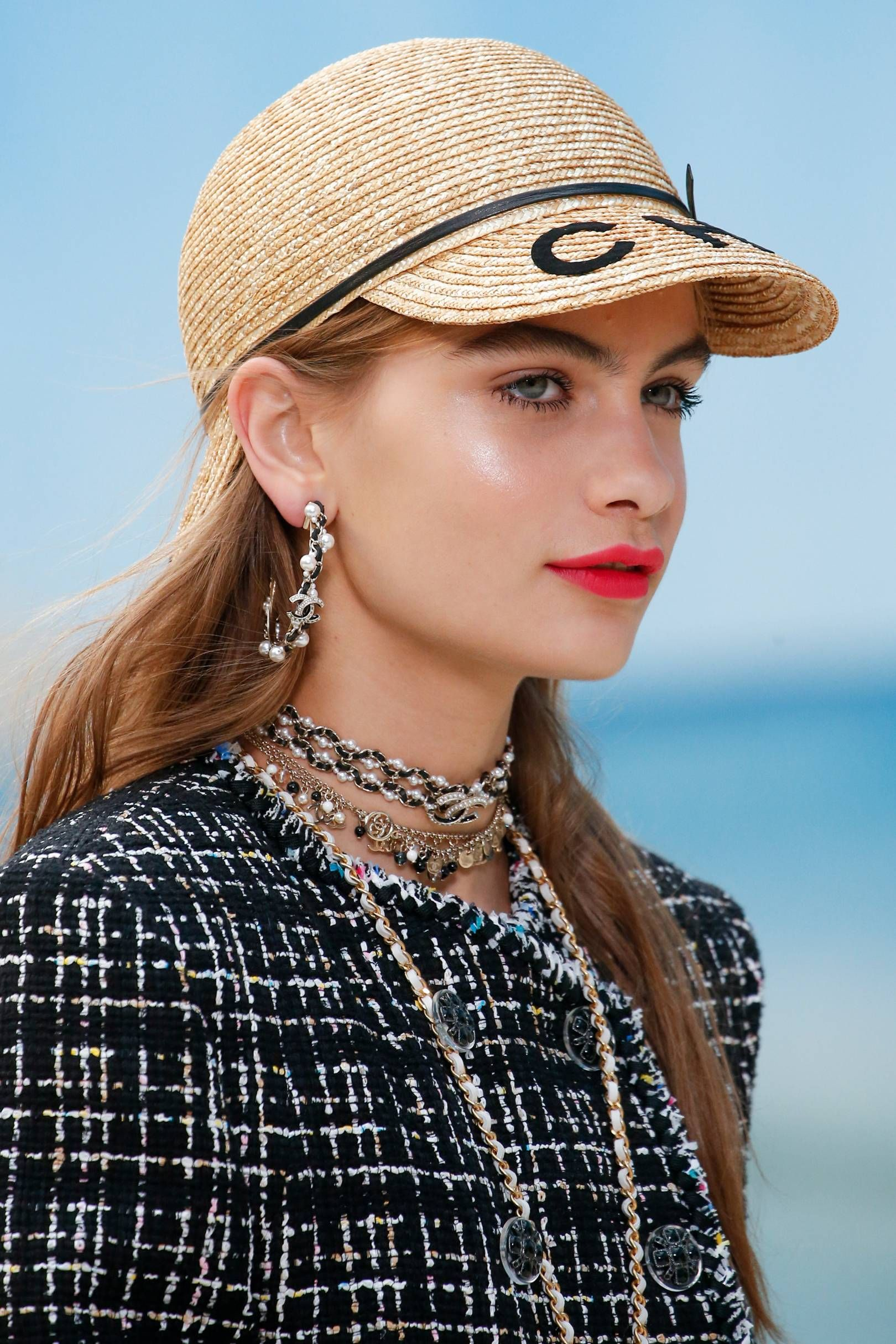 b62ccc28 Couture Accessories, Trendy Accessories, Neck Accessories, Fashion  Accessories, Summer Hats, Chanel