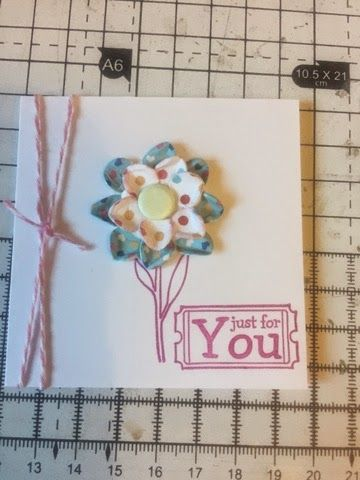 Glitter & Sew On: Quick cards using my Crafty What Not's Box