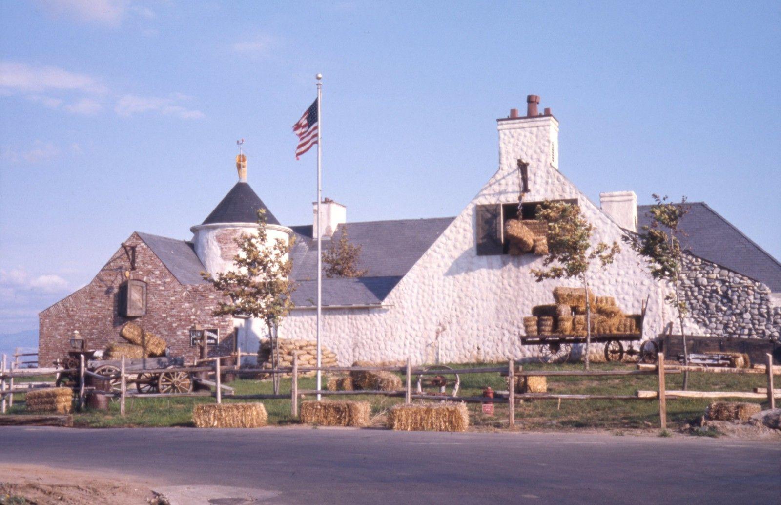 94th aero squadron restaurant orange county airport 1974