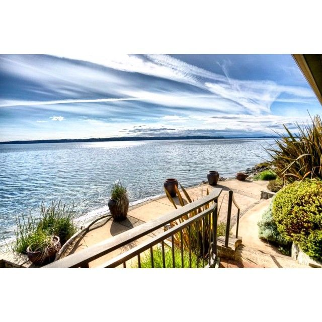 West Seattle #milliondollarlisting with priceless views. MLS: 792506