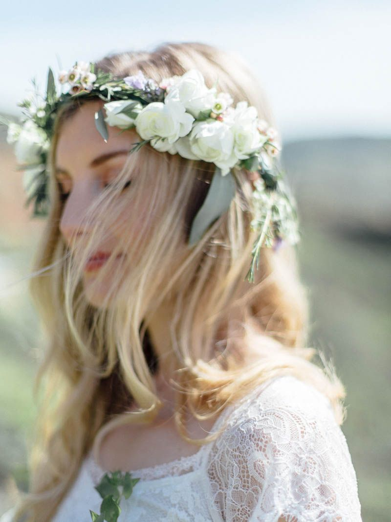 intimate wedding portraits on the pacific ocean! destination wedding - Big Sur, California  florals by green and crumb photography by Jordan Baker film scans by Indie Film Lab
