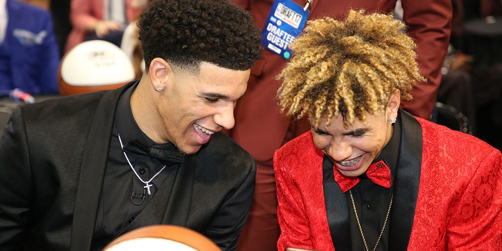 Lonzo Ball And Lamelo Ball Drop Triple Doubles On The Same Day Lamelo Ball Lonzo Ball Liangelo Ball
