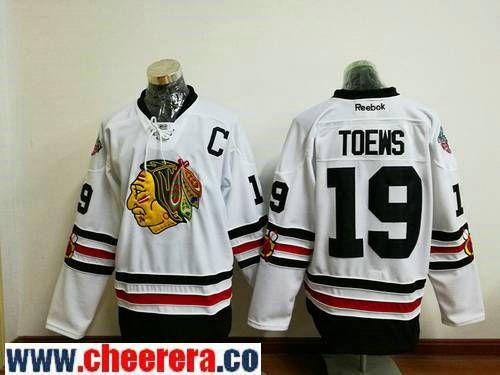 6483a411 Men's Chicago Blackhawks #19 Jonathan Toews White 2017 Winter Classic  Stitched NHL Reebok Hockey Jersey