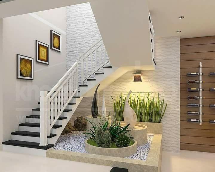 Pin de ariett en tipos decoraci n interior garden for Jardin interior bajo escalera