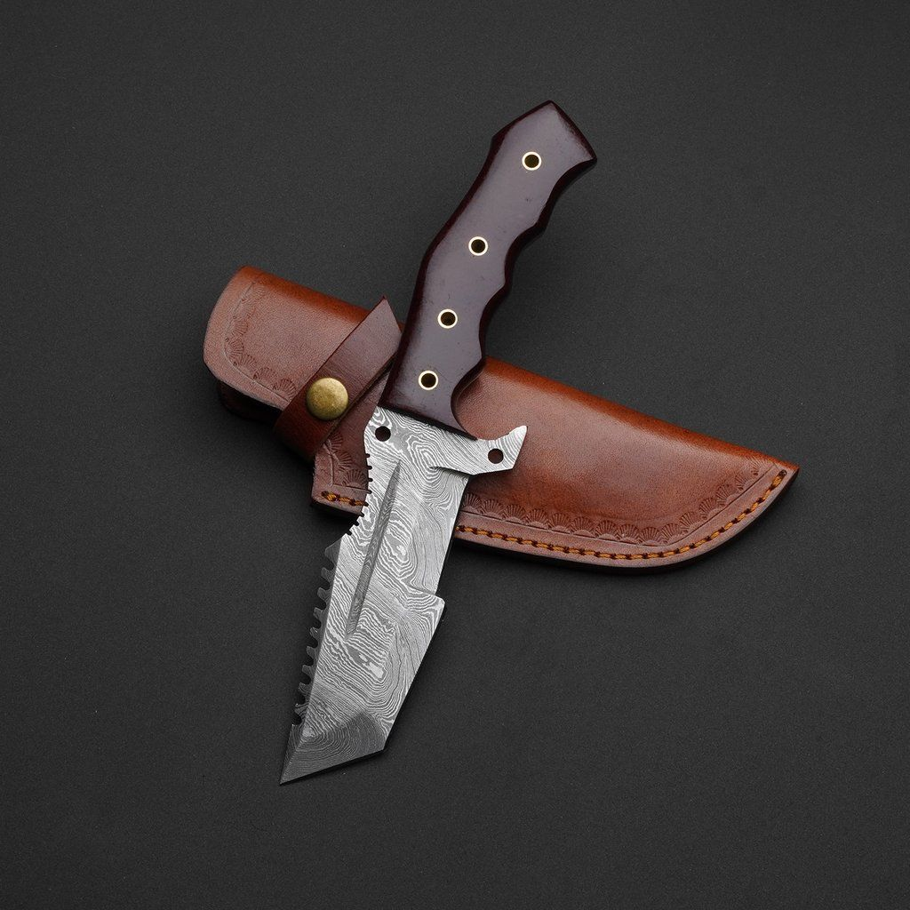 Hand Forged Damascus Steel Hunting Tracker Knife With Leather Sheath En 2020 Pratique