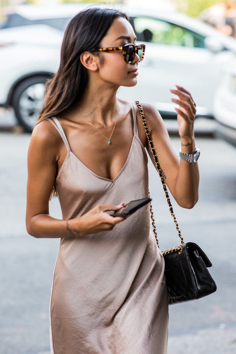 Street style: How to stay chic in the heat | Vogue Paris
