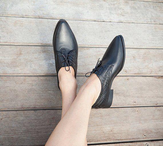 46895635b1 Ladies Oxford Shoes, Black Leather Shoes, Formal Shoes, Flat Shoes, Women  Oxfords, Black Flats, Casu. Women Lace Up ...