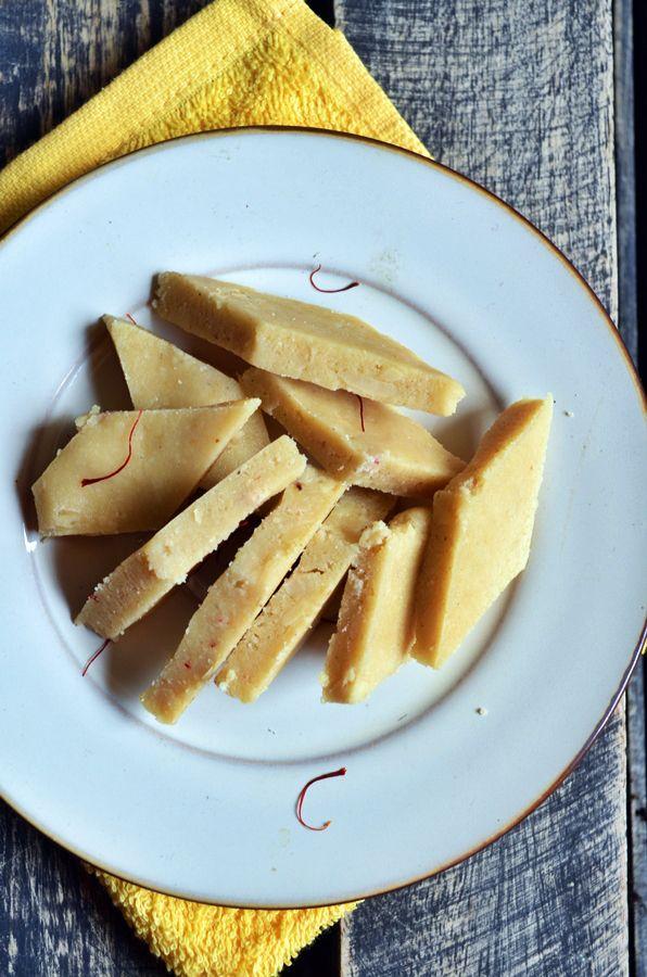 Kaju katli recipe: Kaju katli-vegan cashew fudge recipe in a breeze,easy recipe no sugar syrup needed,recipe @ http://cookclickndevour.com/2014/10/kaju-katli-recipe.html