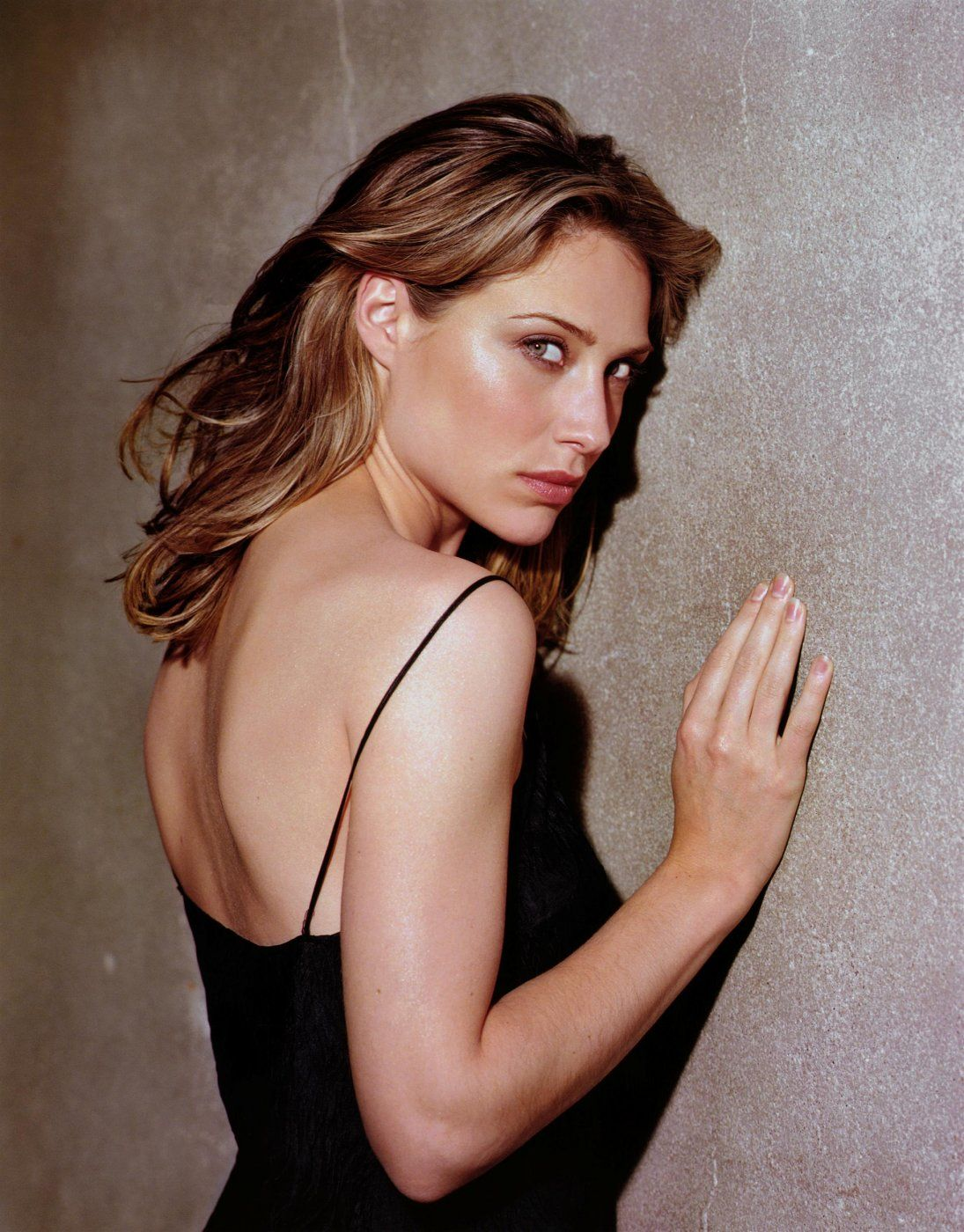Claire forlani shower