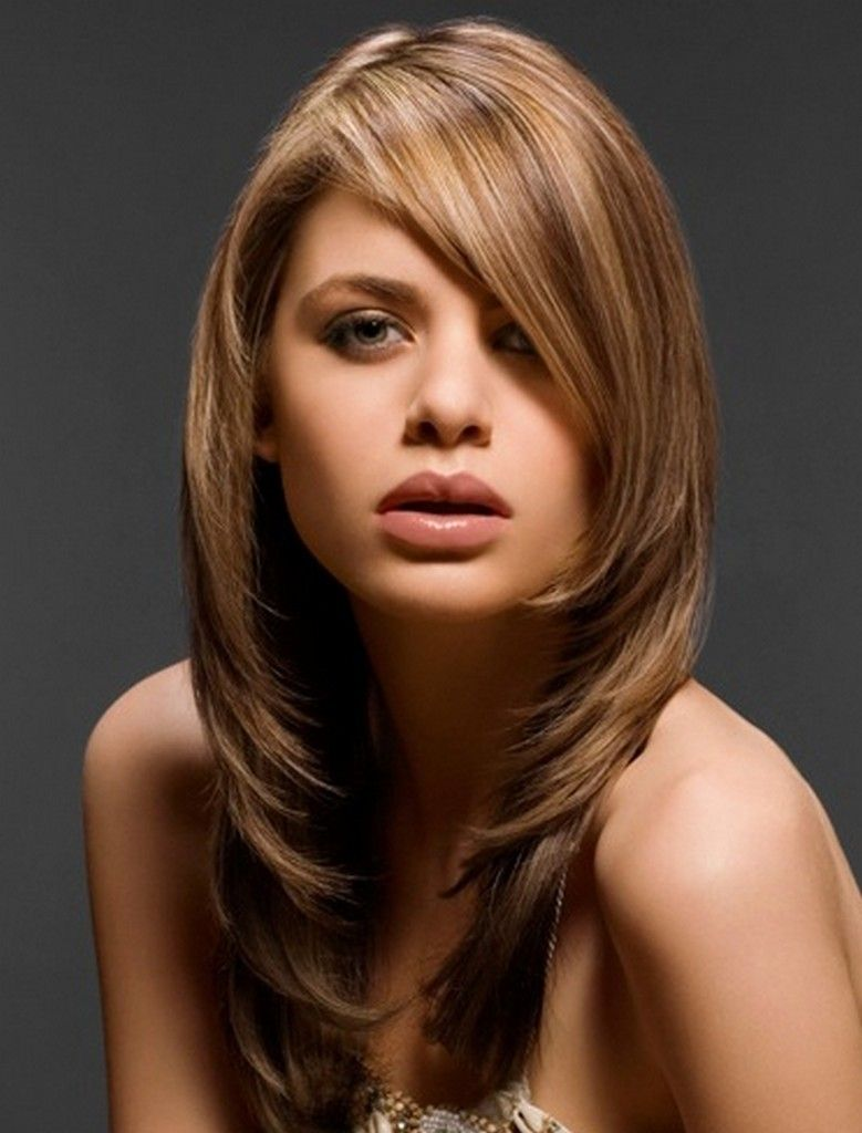 Short, Medium And Long Layered Haircuts With Side Bangs, For Fine Hair And  For Round Faces. Find Every Type Of Layered Haircut For Both Girls And  Women.