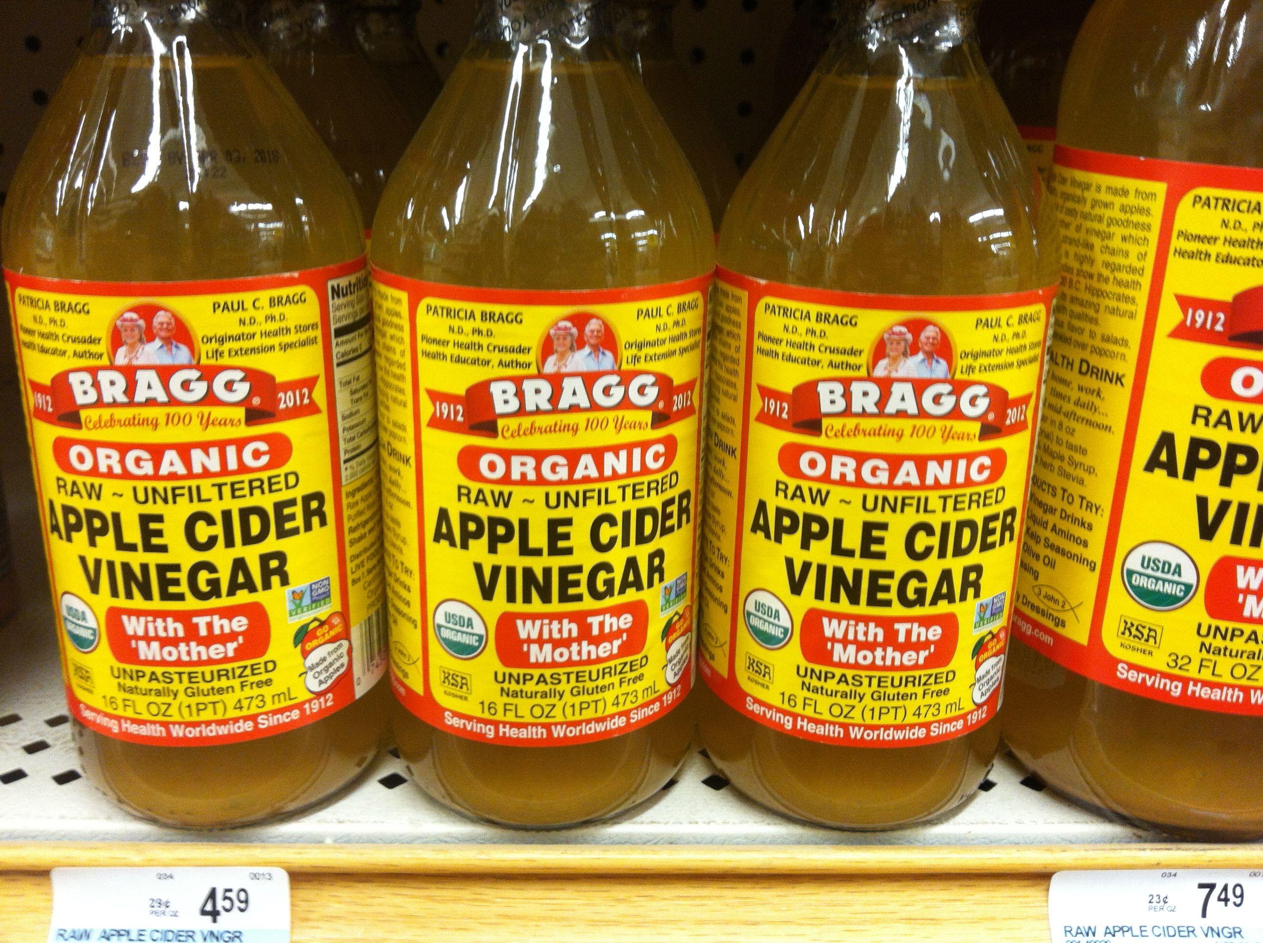Fruit Fly Trap Put 12 Cup Of Apple Cider Vinegar
