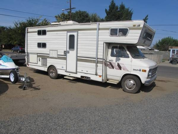 23' Class C 1978 Chevy Monaco  Has the perfect amount of space for