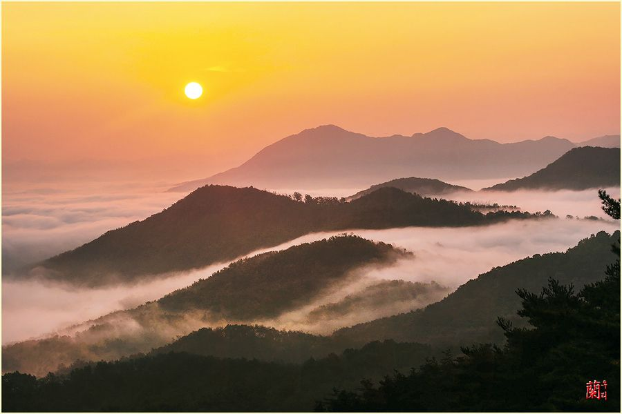Here is the Land of the Morning Calm Korea yongamsa