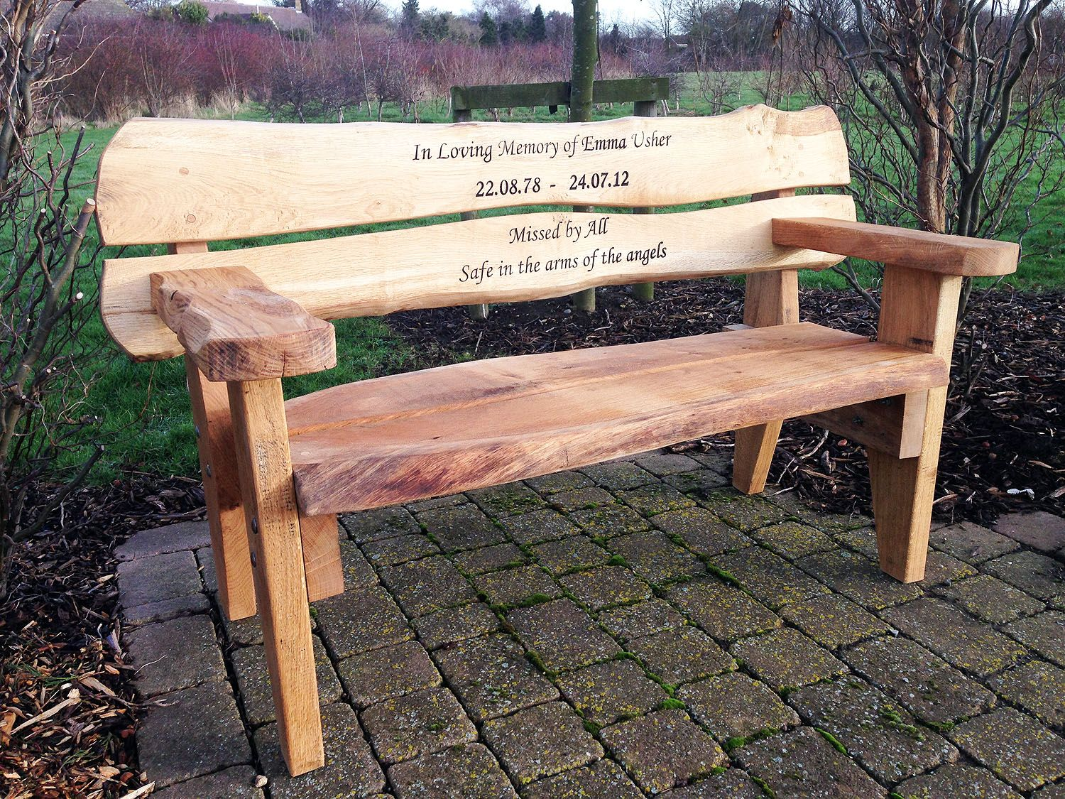 Hull S First Memorial Bench Crafts Rustic Log