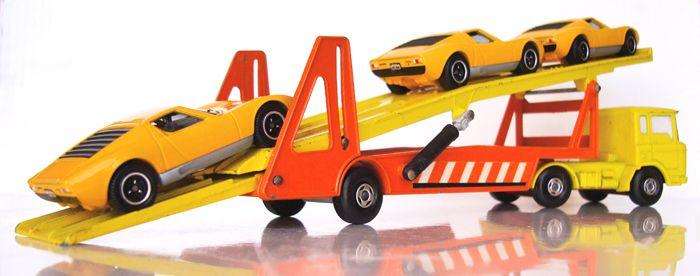 DAF CAR TRANSPORTER (Matchbox - Lesney) LAMBORGHINI MIURA P400 S (Matchbox - Mattel)
