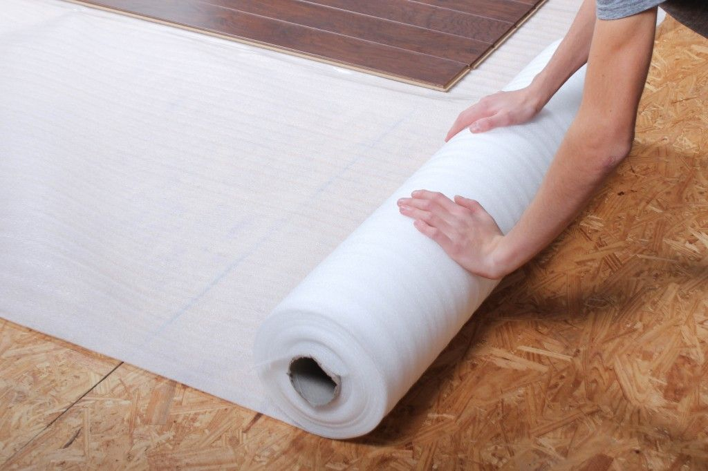 Wonderful Illustrated Guide On How To Install Standard Underlayment This Diy Guide Underlay For Laminate Flooring Installing Laminate Flooring Underlayment
