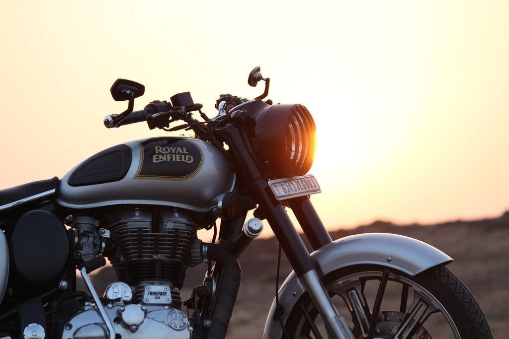 Royal Enfield Motorcycle 4k Wallpaper Bike Motorcycle