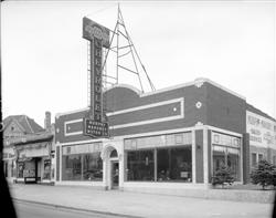 1934 2986 Speer Blvd Murphy Mahoney Chevrolet Old Gas Stations Chevrolet Dealership Vintage Cars