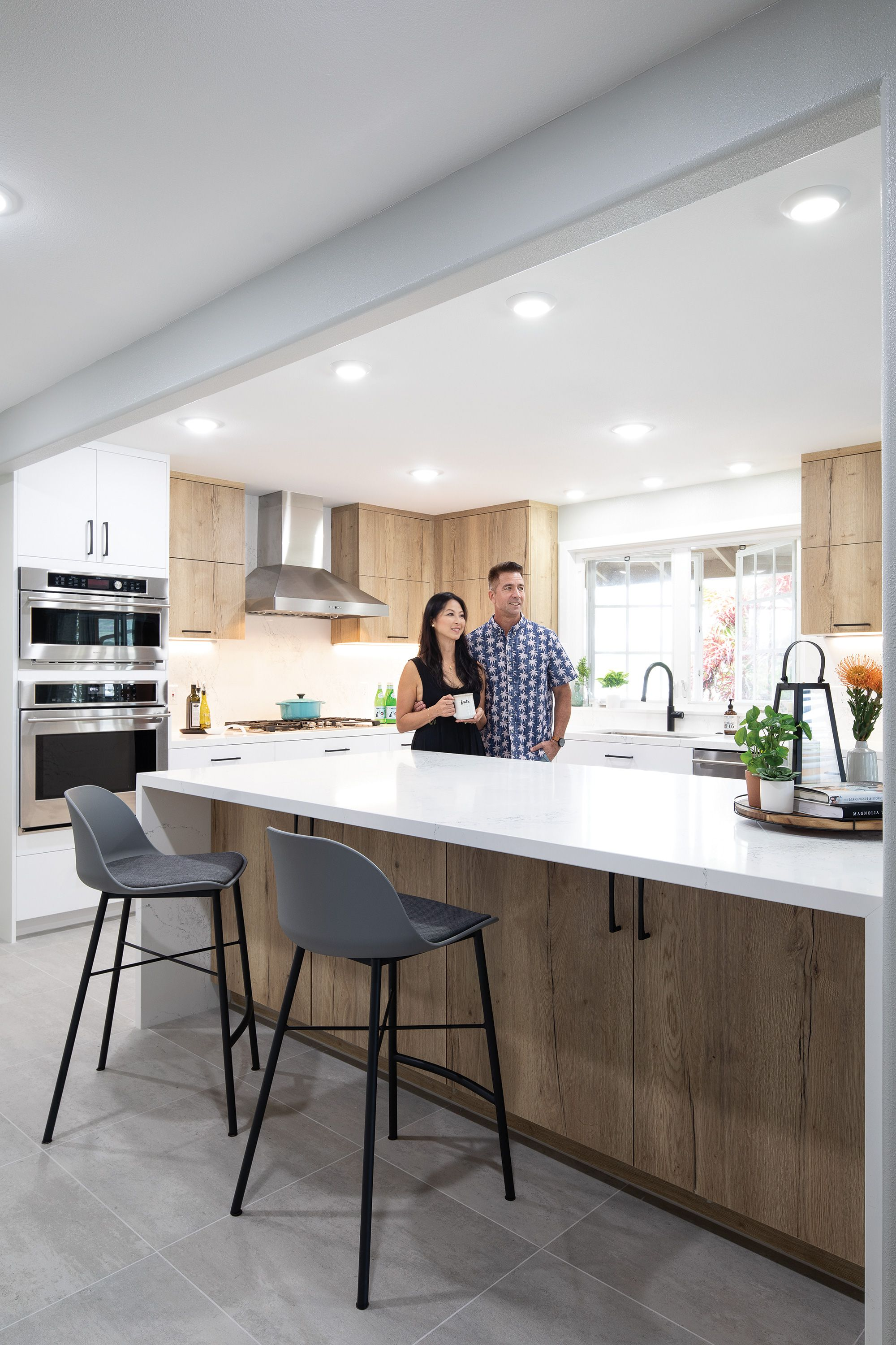 A Closed Off Kitchen Is Transformed Into An Airy Space In 2020