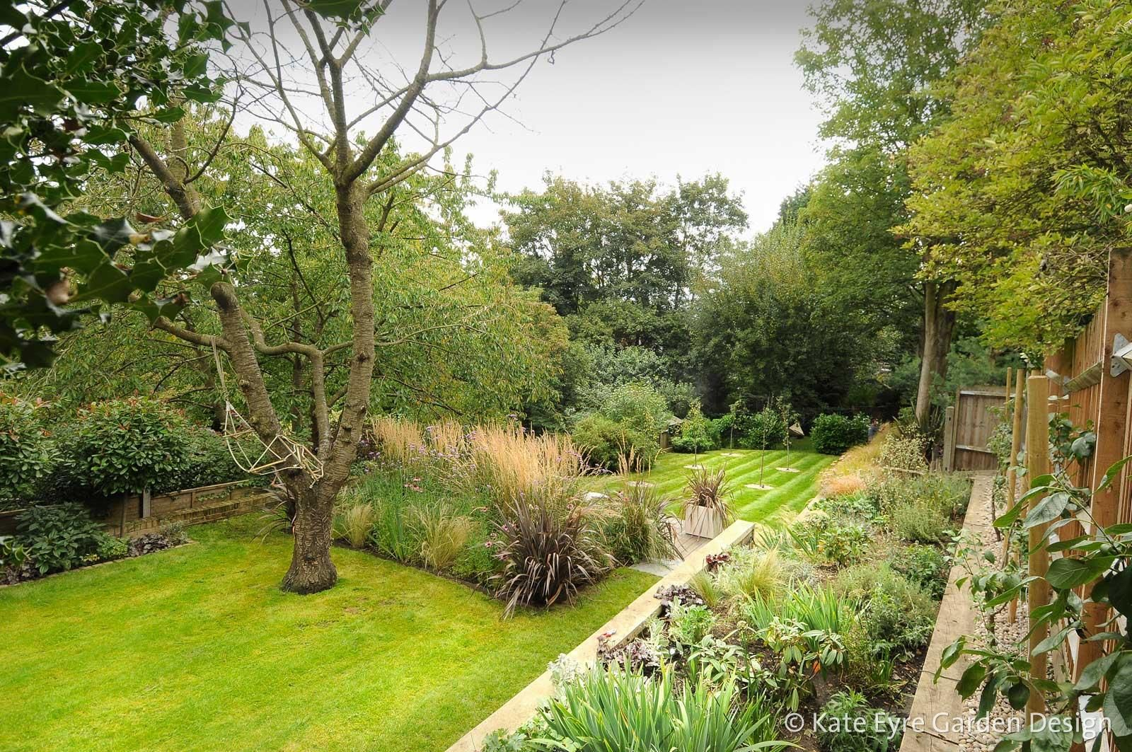 Garden Landscape Design Pics Lovely Garden Design In Crystal Palace South East London In 2020 Garden Design Mediterranean Landscape Design Tiered Landscape