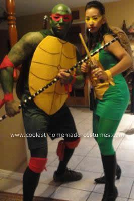 Coolest homemade teenage mutant ninja turtles couple costume coolest homemade teenage mutant ninja turtles couple costume solutioingenieria Gallery