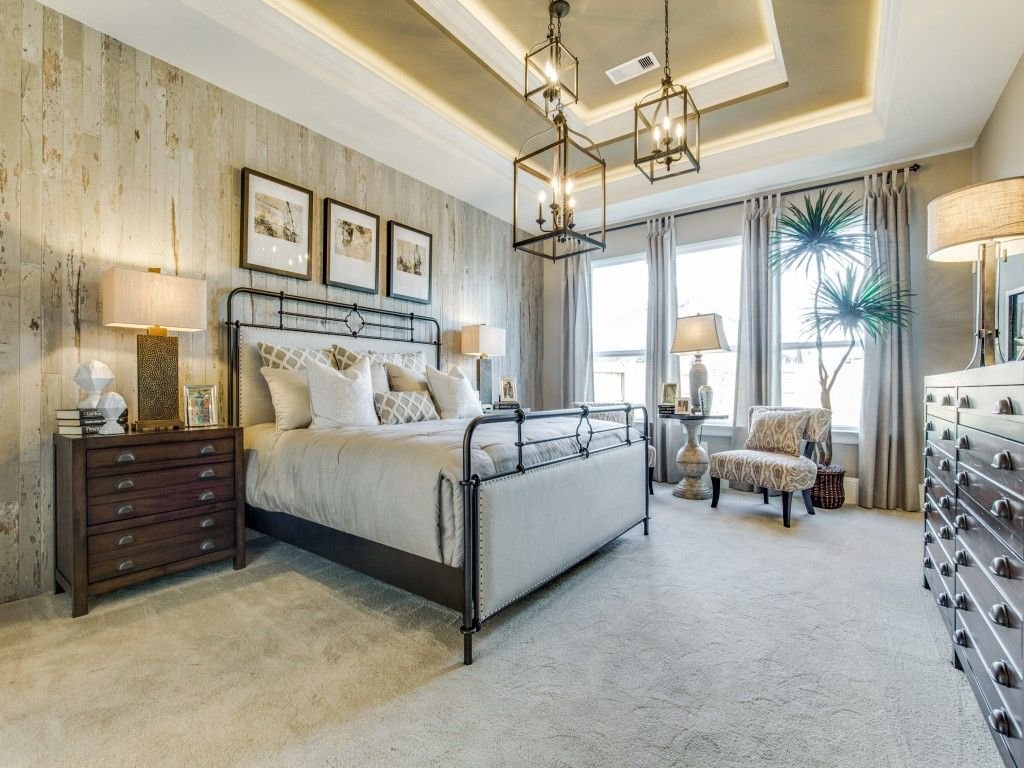 Really Nice Bedroom ~ But the Trio of Light Fixtures Seems ...