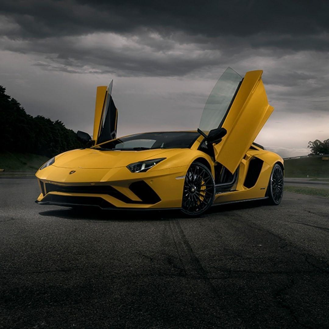 56 3b Begenme 247 Yorum Instagram Da Lamborghini Lamborghini Exceptional Partners Enable You To Weat In 2020 Lamborghini For Sale Lamborghini Lamborghini Price