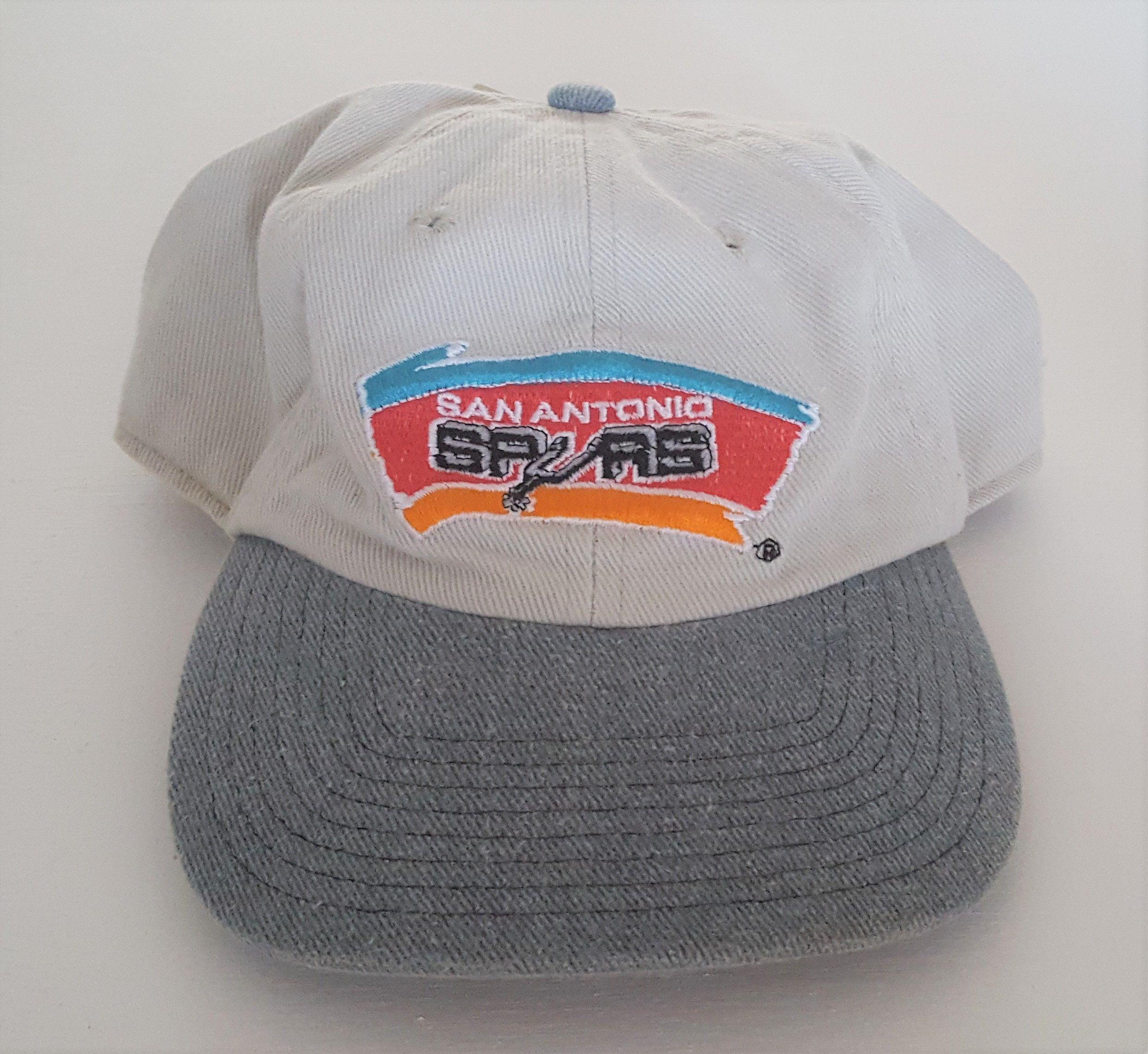 98a531af206 Vintage San Antonio Spurs Deadstock Strapback Hat NBA VTG by  StreetwearAndVintage on Etsy