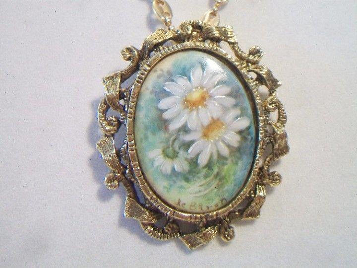 Vintage Floral Cameo Pendant Necklace Baron