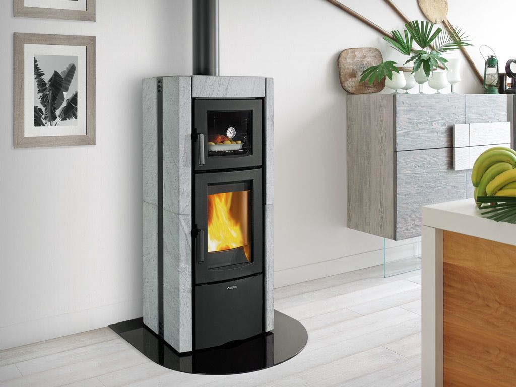 Lanordica Extraflame Woodstove With Baking Compartment Poele A