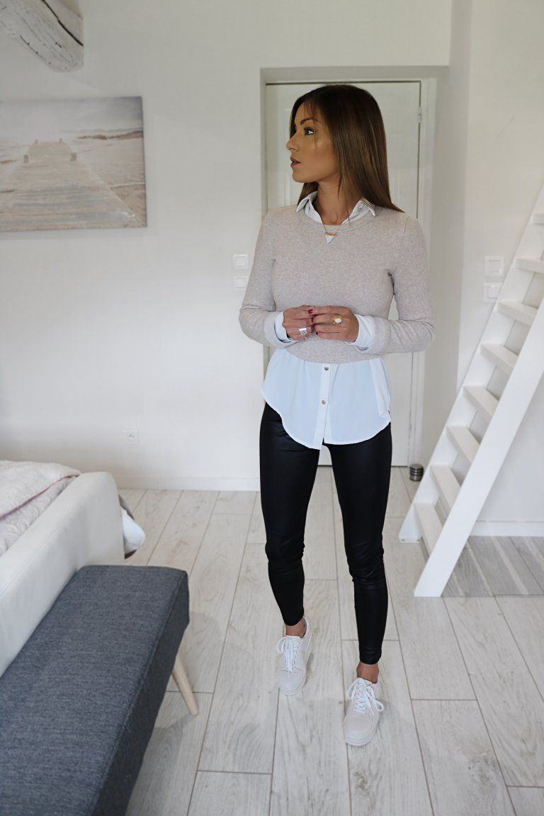 Photo of The white shirt which essential mode
