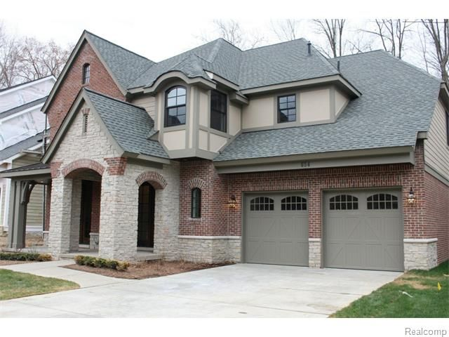 The MARK Z New Construction Homes Selling Team's unique Trade-Up Program gives you solutions that are custom tailored to you and your family. Find all New Construction Homes in Birmingham MI for sale.