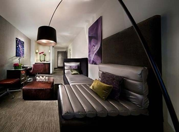 Rock themed bedroom extreme punk rock suite hotel room for Extreme interior design home decor