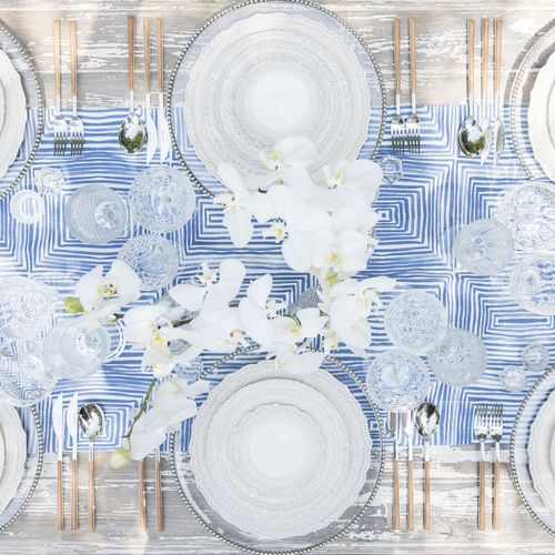 Table settings and centrepiece design is an artform. At Coastal Lifestyle, get your inspiration for a gorgeous dinner party, wedding or other celebration.