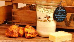 Herzhafte Tomaten-Pinienkern-Parmesan Muffins auch als Backmischung im Glas