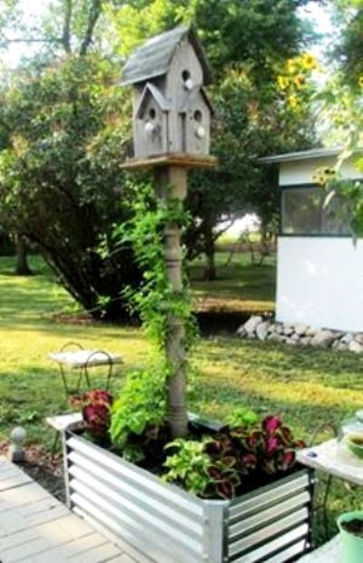 Sue Gerdes Planted Her Birdhouse Pole In A Raised Bed