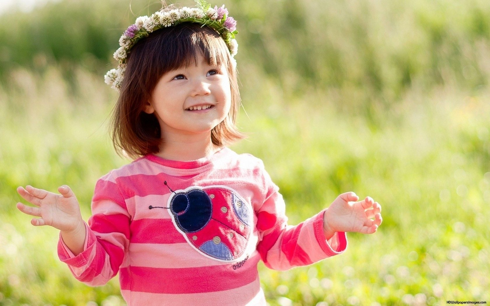 Full hd cute baby hd wallpapers 3D Cute baby girl