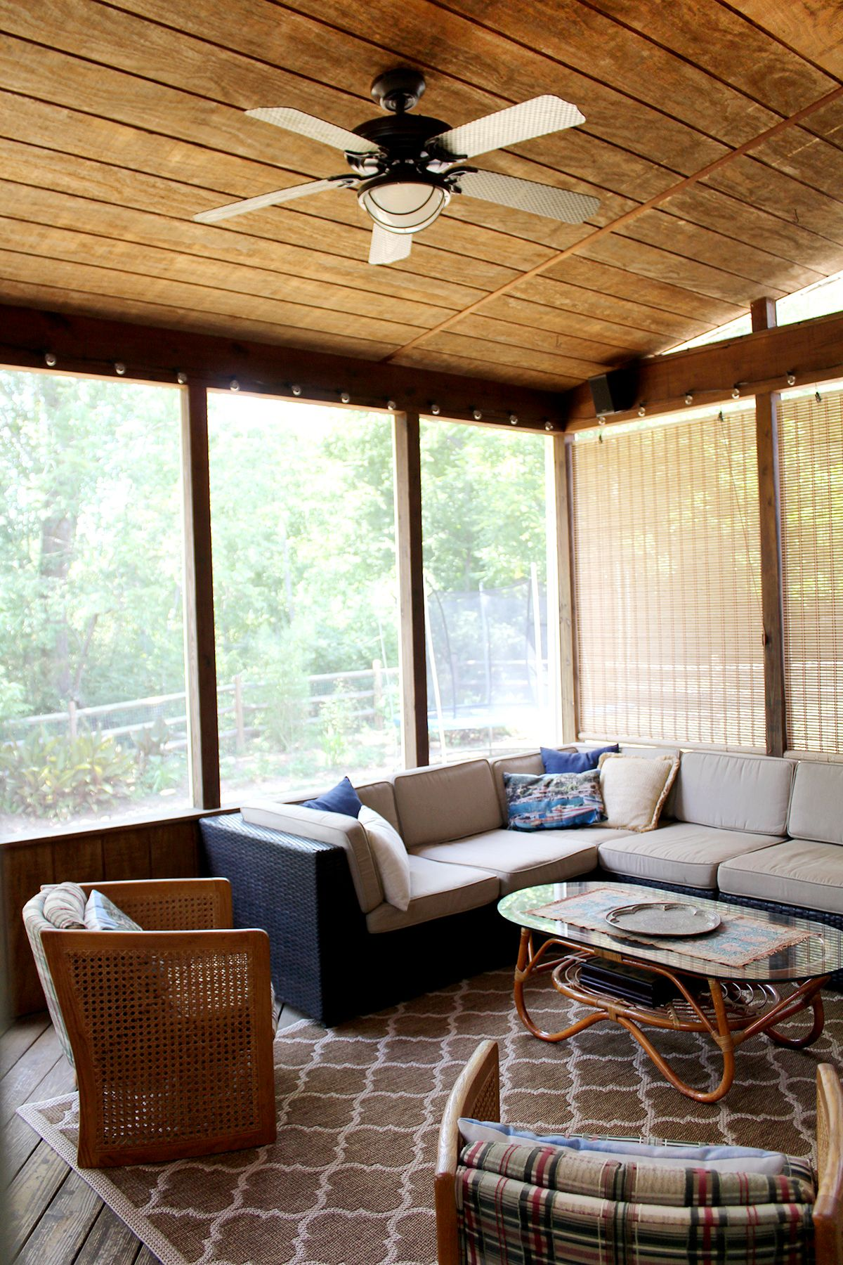A Screened in Porch on a Budget | House with porch, Rustic ... on Outdoor Living Ideas On A Budget id=34001