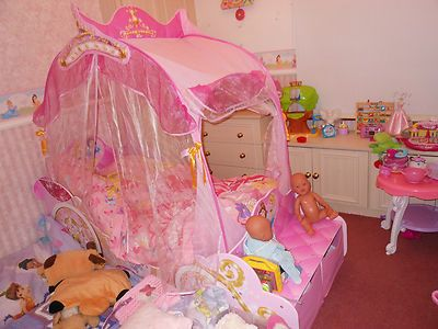 Disney princess carriage bed with light up canopy Used for 7 months ONLY & Disney princess carriage bed with light up canopy Used for 7 ...