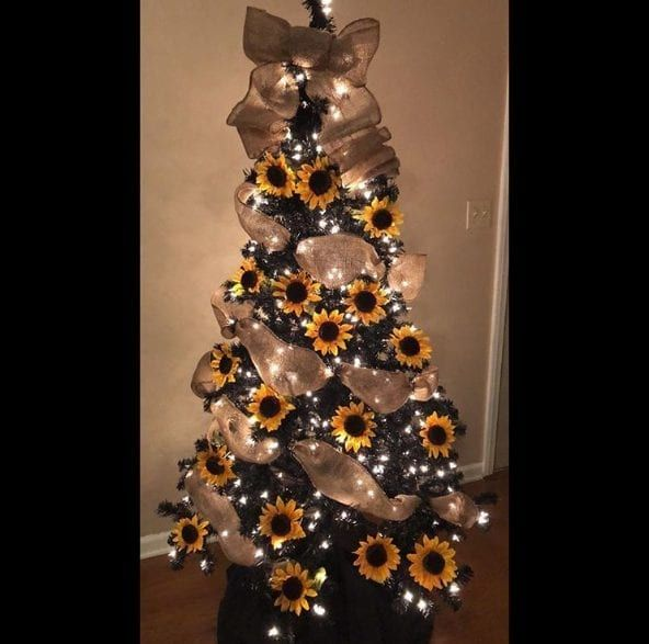 14 Sunflower Christmas Trees To Brighten Up Your Holiday ...