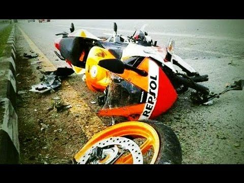 Extreme Graphic Motorcycle Accident Crashes Compilation Part 2