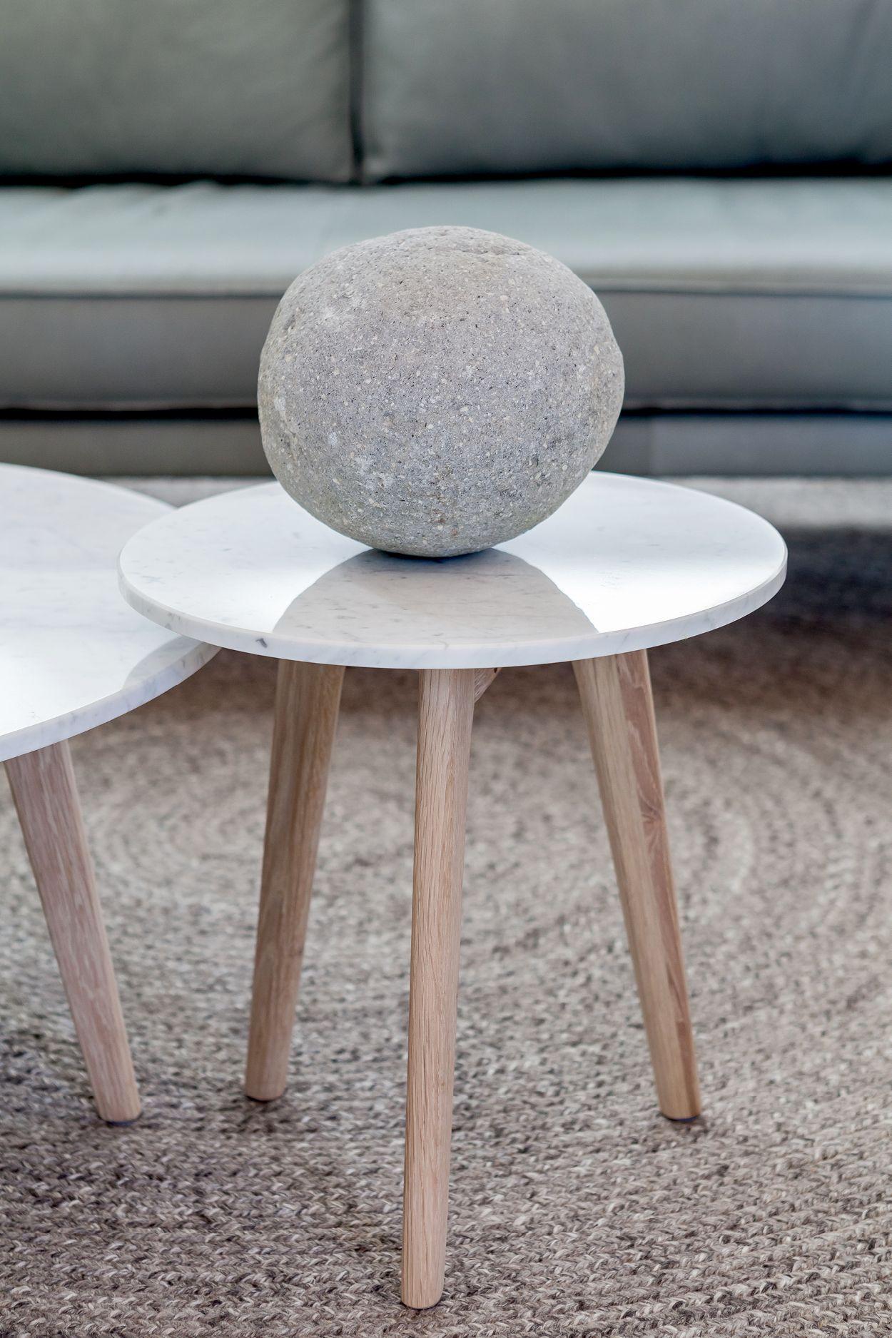 Mara Oak Side Table Marble Side Table Round Table Oak Side Table [ 1875 x 1250 Pixel ]