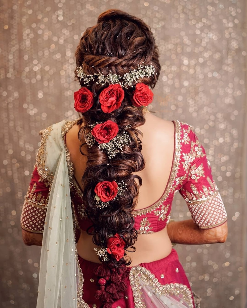 Bridal Hairstyle For Long Hair Bridal Wedding Hairstyle Mehendi Hairstyle Wedding Hair Weddingnet Weddingnet Hair Styles Engagement Hairstyles Bridal Hairdo