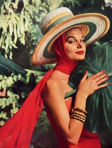 Givenchy (Hat) 1956 Chapeau Pare-Soleil, Style Péruvien, Photography Henry Clarke