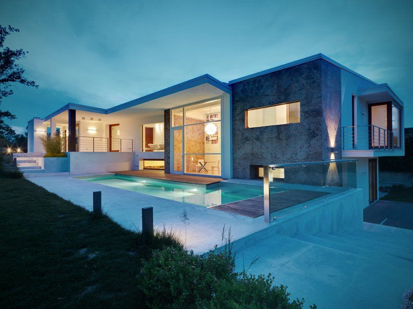 Italia for the home arquitectura casas y casa minimalista for Fachadas de casas modernas en italia