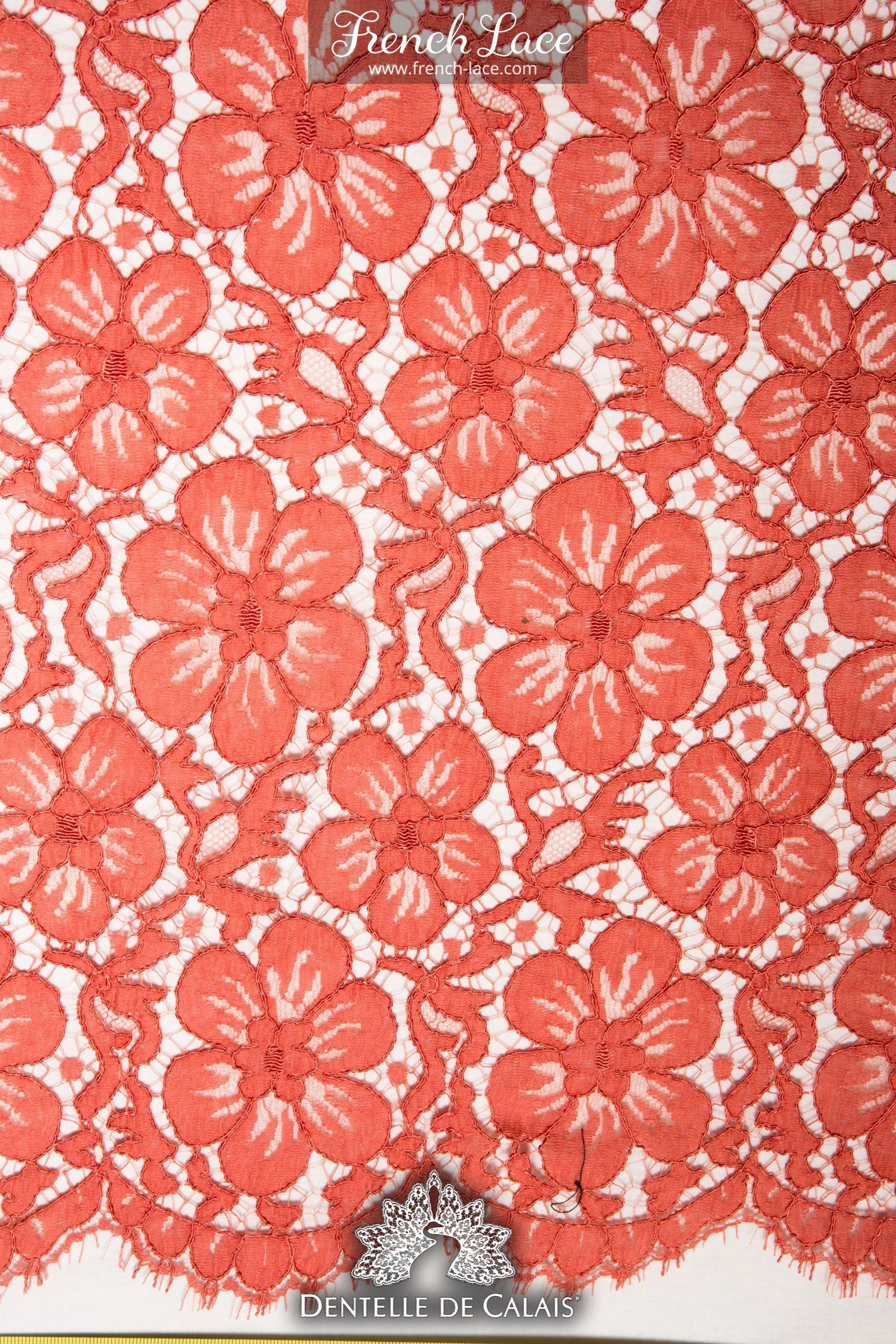 Light Guipure lace with cute large flowers. A perfect combination ...
