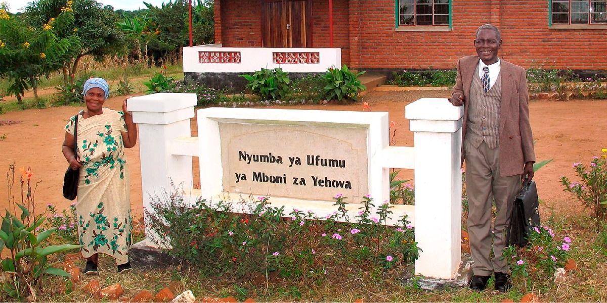 Malawi Km Hall Com Imagens Halls