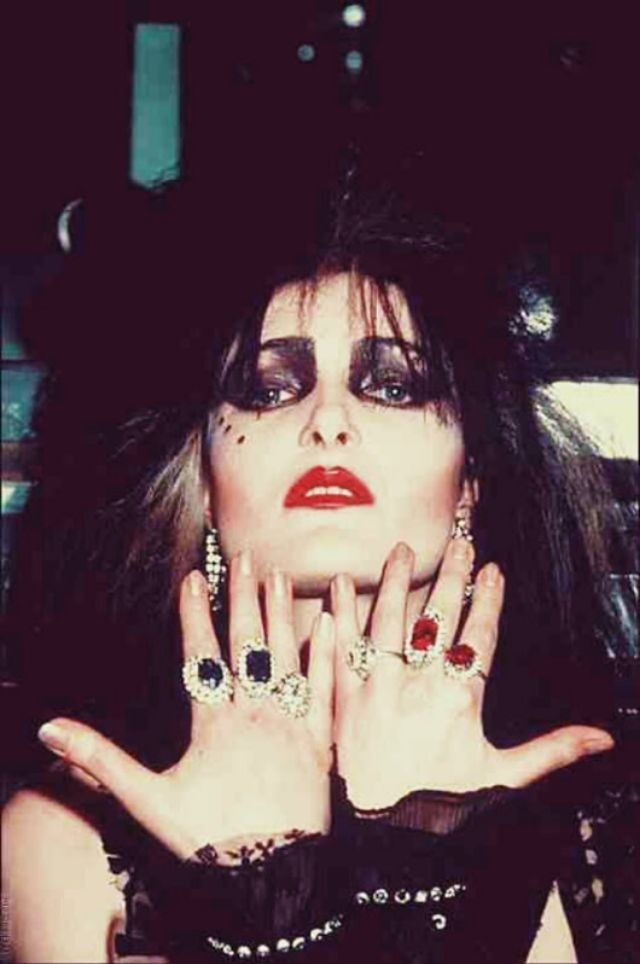 The Godmother of Goth: 40 Vintage Photos That Show the Classic Goth Look of Siouxsie Sioux From Late-1970s British Punk ~ vintage everyday