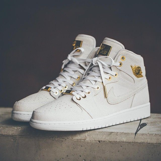 "Air Jordan 1 ""Pinnacle"" To celebrate it's 30th Anniversary, Jordan Brand is  created"