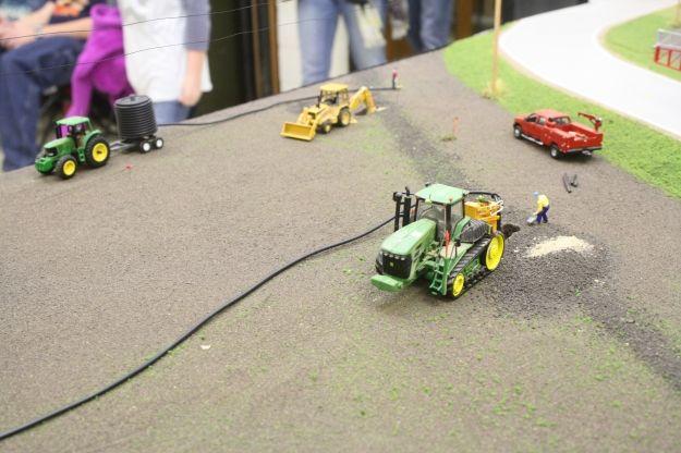 Pin On Model Farm